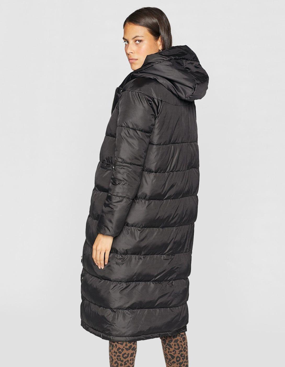 Dlugi Ocieplany Plaszcz Z Kontrastujacymi Elementami Plaszcze Stradivarius Polska Winter Jackets Jackets Fashion