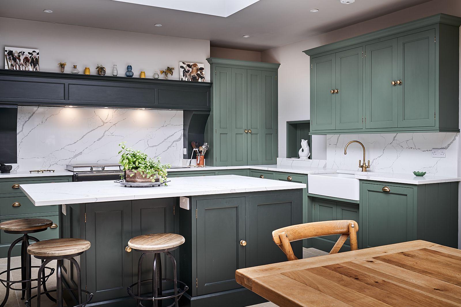 Best Victorian Kitchen Painted In Farrow Ball Studio Green 640 x 480