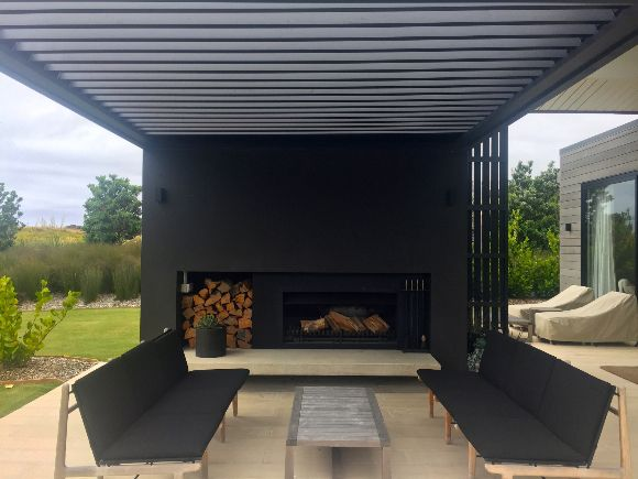 Louvre Roof Nz Deck Ideas New Zealand Outdoor Fireplace Outdoor Rooms