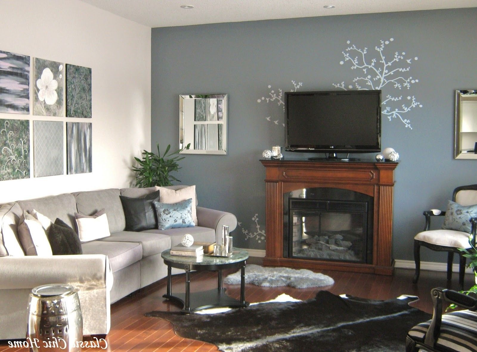 Painting A Room Two Colors Opposite Walls Classic Living Room Paint Family Room Colors Living Room Wall