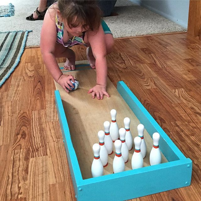 Made this mini bowling ally for my niece who is visually impaired. She loves being able to get up close to see what she is doing. The lrg orange dots for the pins are very helpful for her to set it back up.  Plans from @handmadewithashley