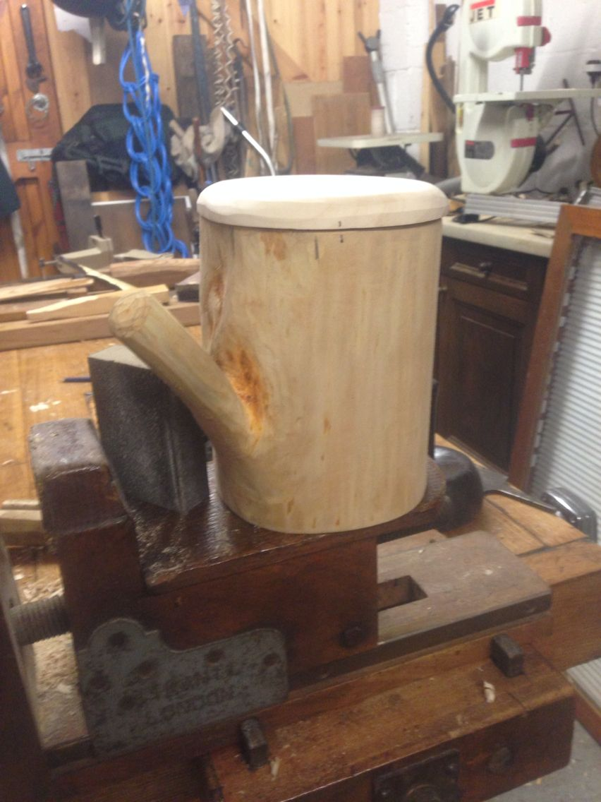 Another last Sunday making 8 inch high Lime noggin shrink pot with Sycamore lid.