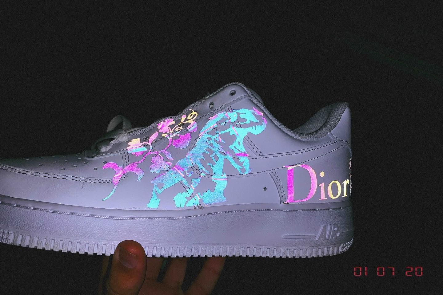 Dinosaur or Butterfly 🦖🦋 • • • • • airforce1 nike