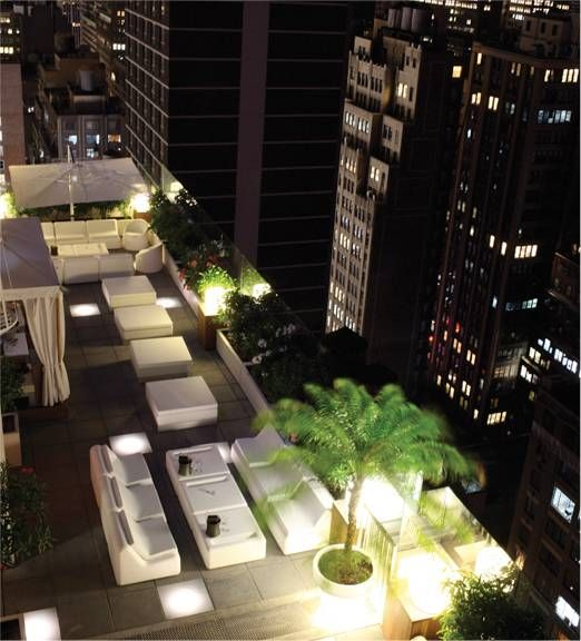 New York Rooftop Top Floor Restaurant Dining Or Bar Nyc