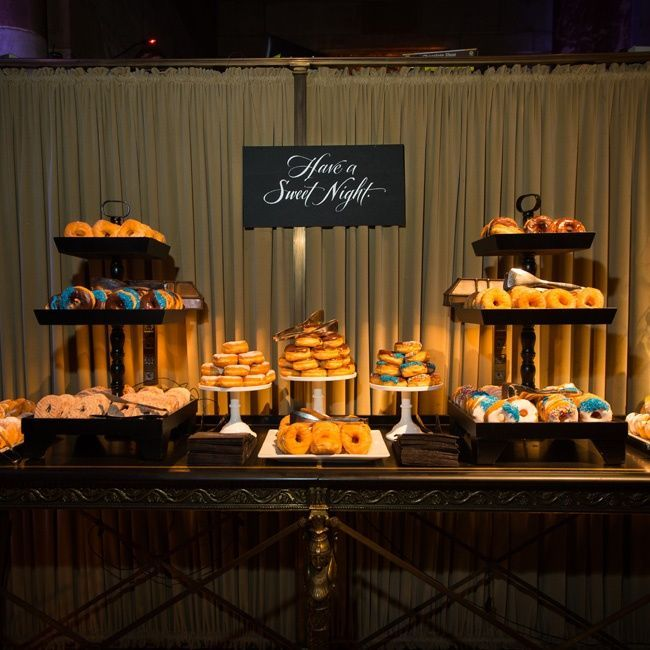 Pin By Wedding Boards On Dessert Tables Wedding Donuts