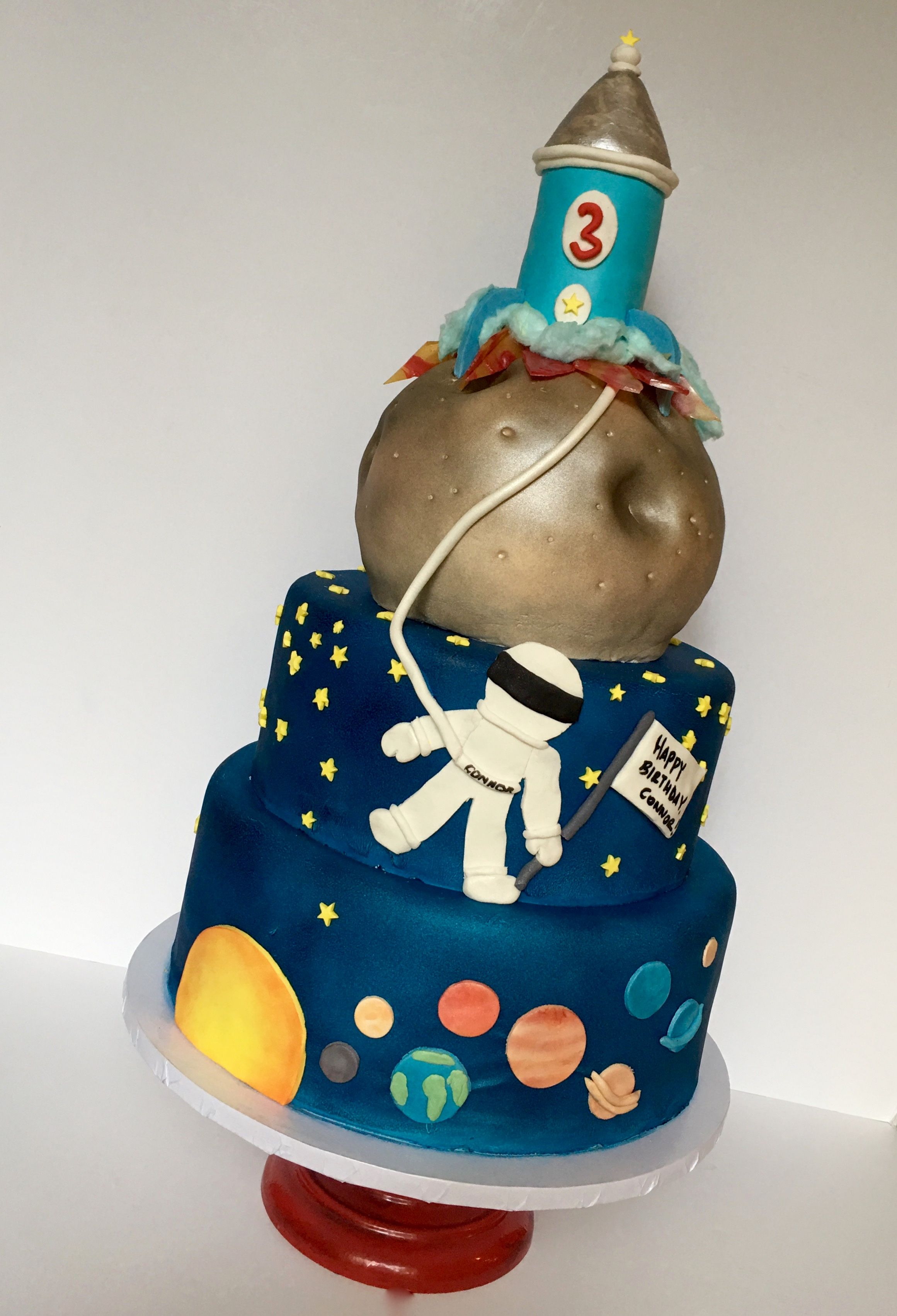 Outer Space Cake With Cake Rocket Ship Solar System Cake