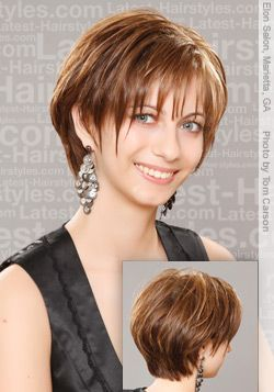 pictures of short  shaggy layered  haircut  for women over 40