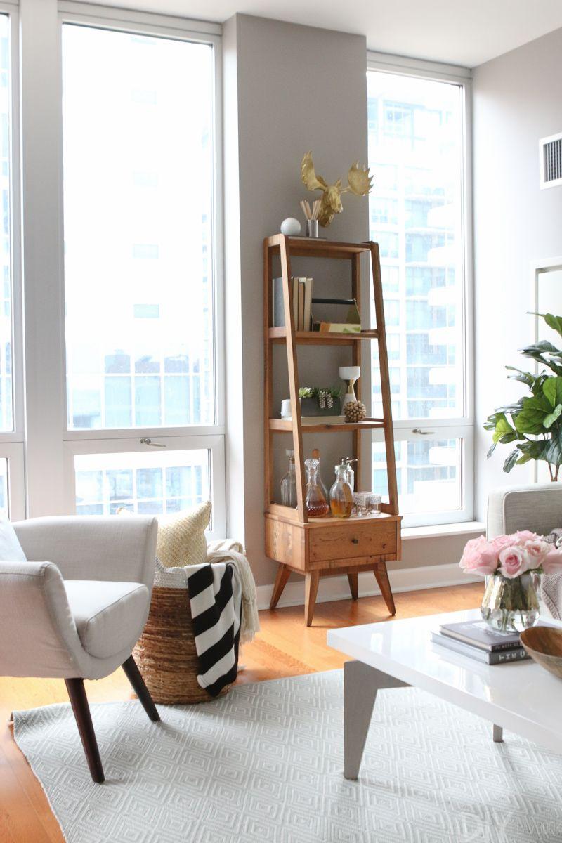 Living Room Condo Design: A Feminine Chicago Condo Tour With Glam Accents