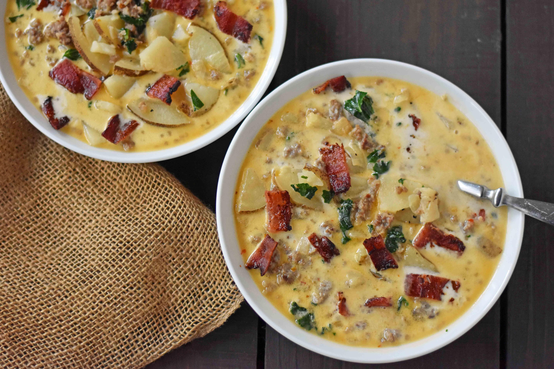 Zuppa Toscana Soup Olive Garden Copycat Recipe. Sausage, Potato, and ...