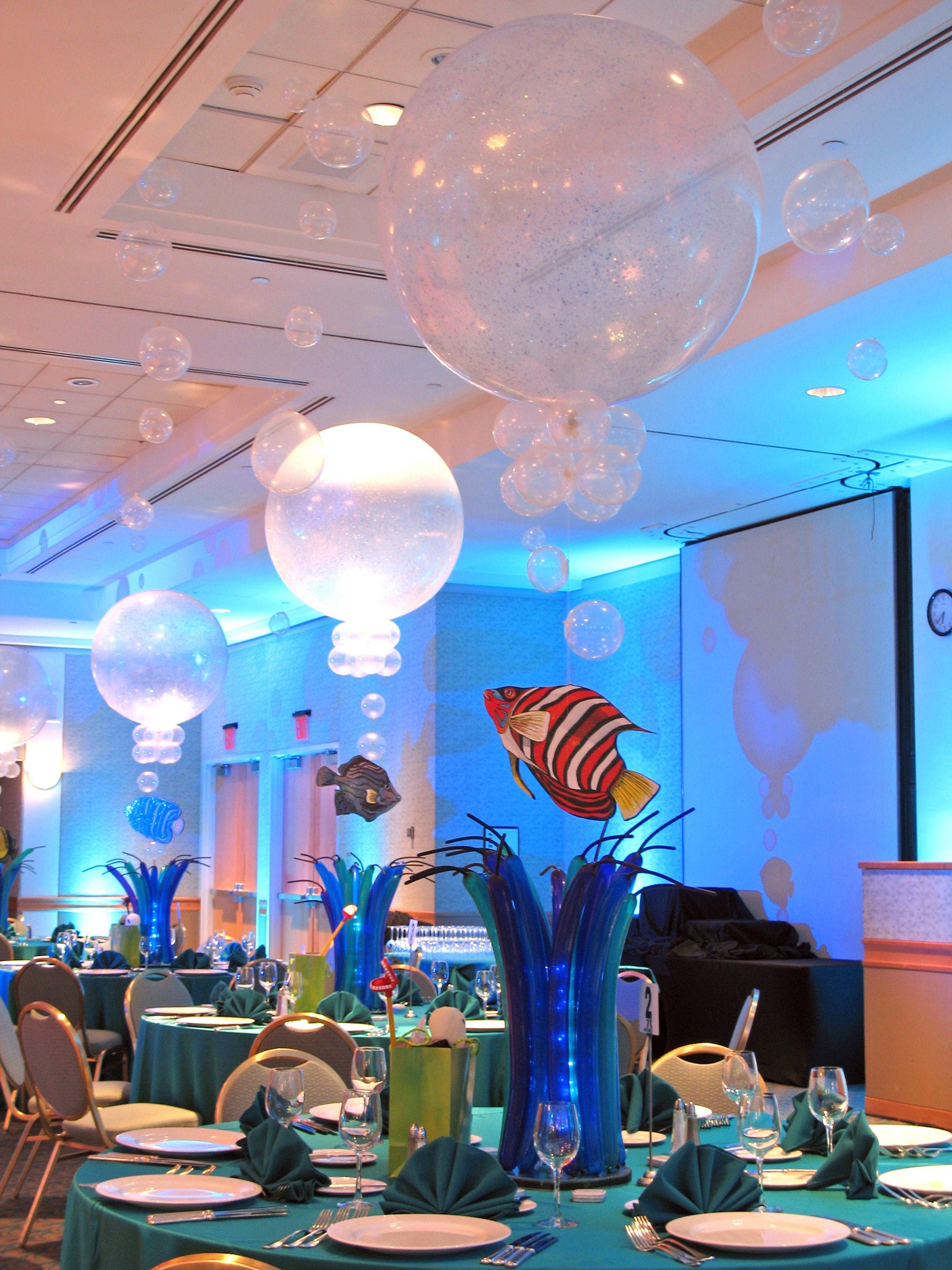 Water bubbles centerpiece centerpieces pinterest for Water decoration ideas