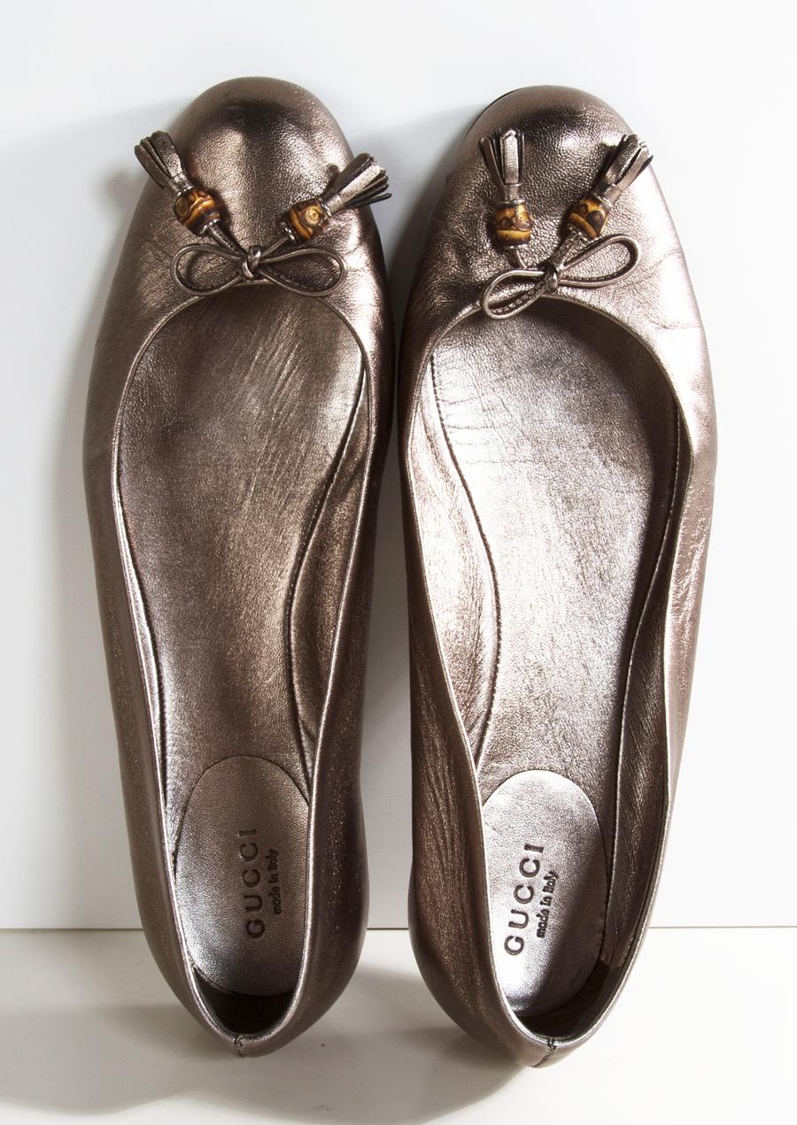 1970dea9f864c2 GUCCI FLATS  Shop-Hers Gucci Flats