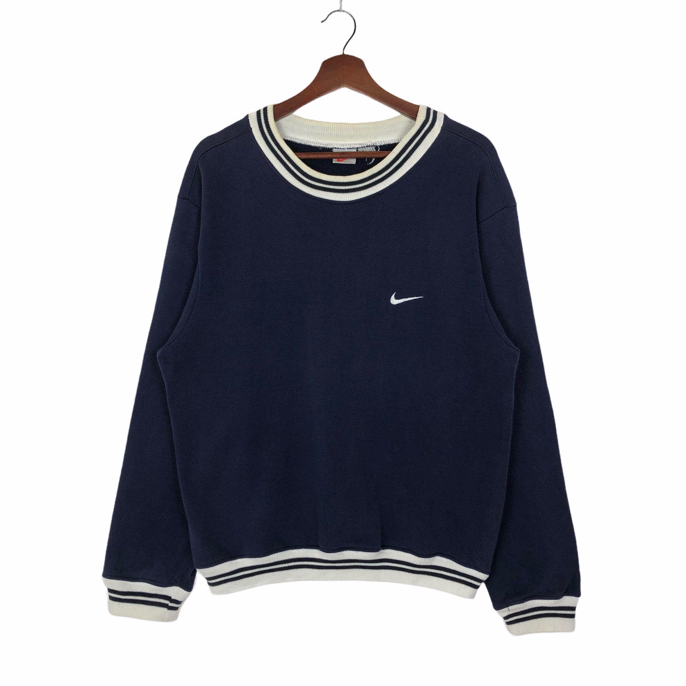 Vintage 90s Nike Swoosh Sweatshirt Nike Ringer Sweatshirt Etsy In 2021 Sweatshirts Vintage Sweatshirt Tomboy Style Outfits [ 2400 x 2400 Pixel ]