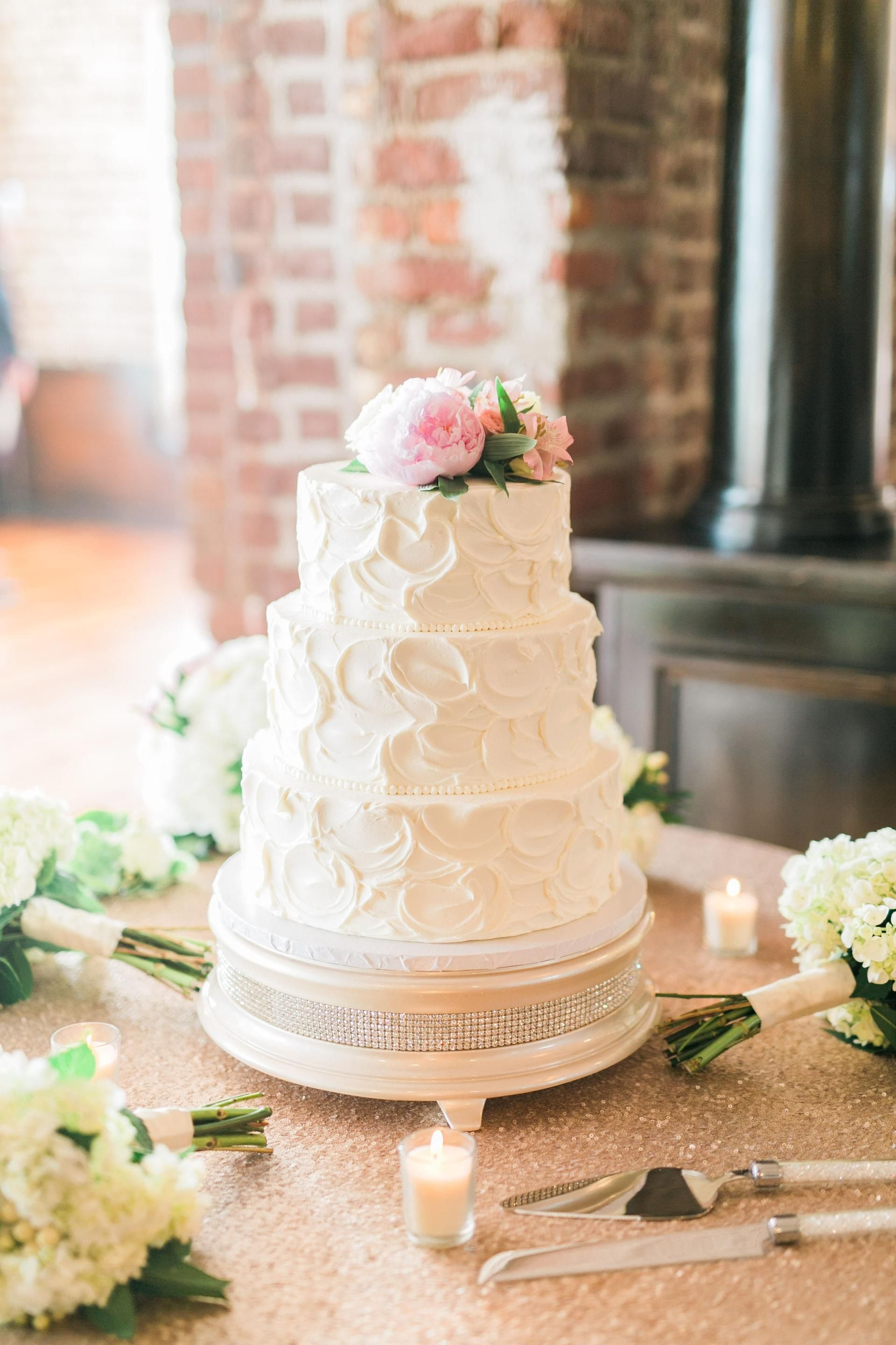 Classically Elegant Charleston Nuptials  Charleston, Sc