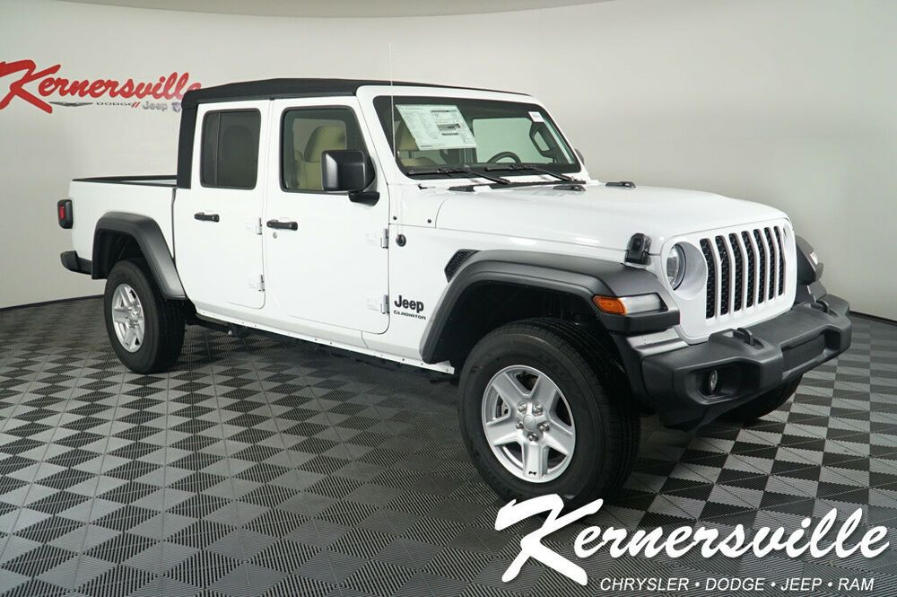 2020 Jeep Gladiator Sport 4wd Pickup Truck Backup Camera Push Start Uconnect New 2020 Jeep Gladiator In 2020 Jeep Wrangler Jeep Wrangler For Sale Jeep Wrangler Sahara
