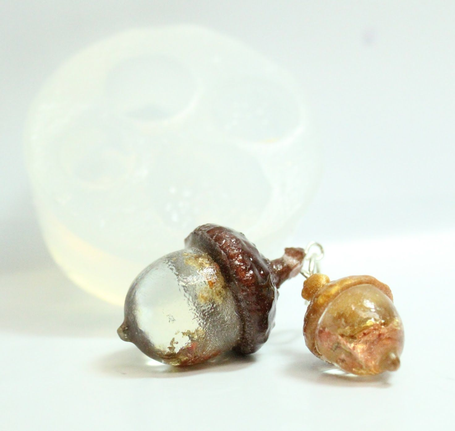 ACORN MOLD CREATE YOUR OWN RESIN PENDANT JEWELRY CLEAR SILICONE MOLD MP114