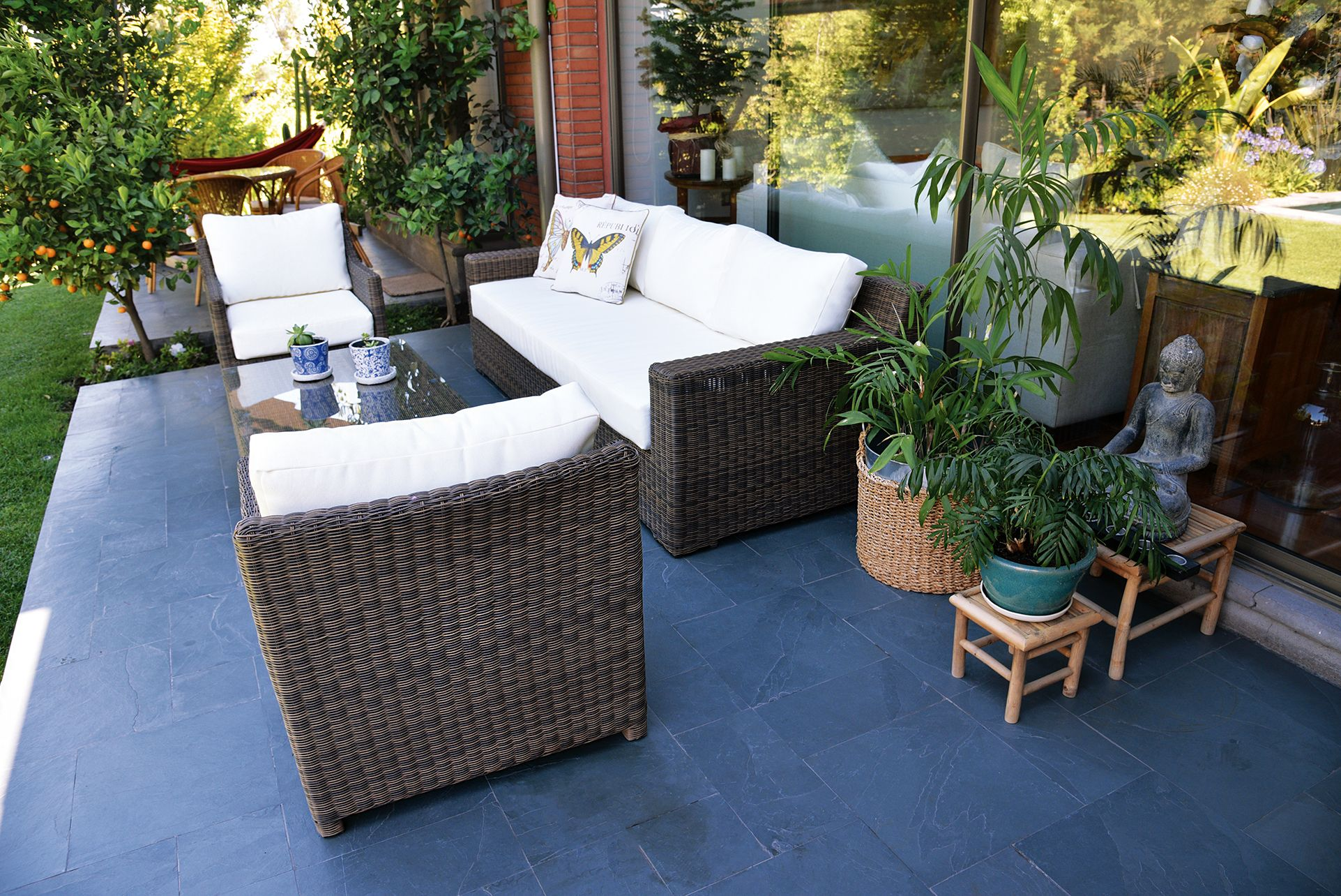 muebles rattan caf mixto en terraza particular las