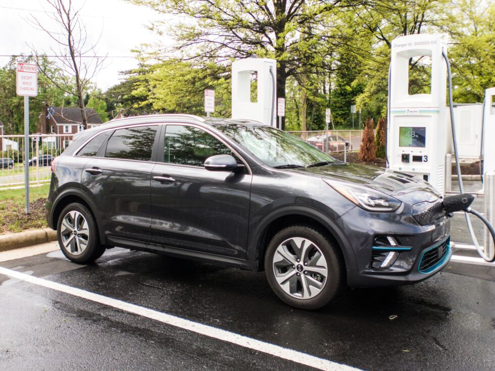 One Other Competent Korean Automotive The Kia Niro Ev Reviewed In 2020 Kia Automobile Industry Automotive