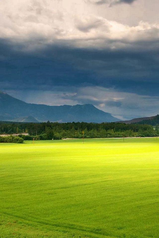 nature fresh grassland hill landscape scenery iphone 4s wallpaper