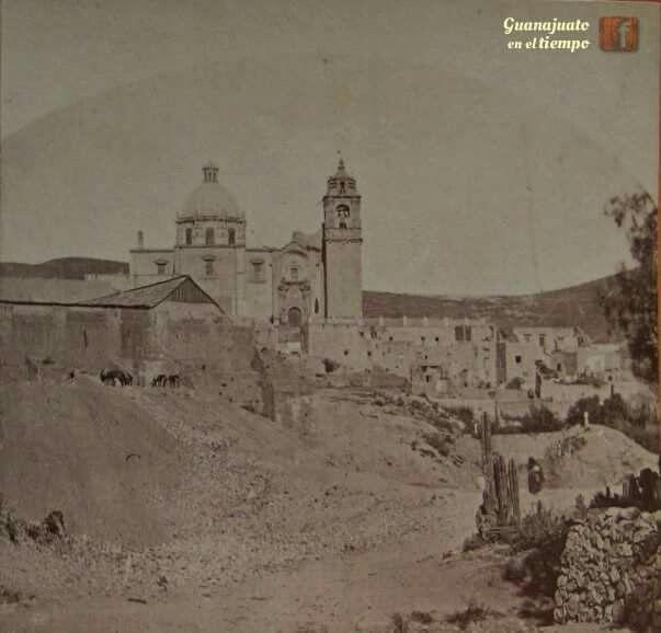 Templo de la valenciana a principios del siglo XX