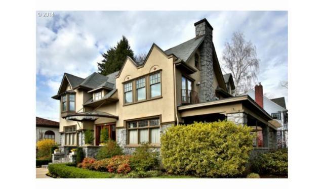 2043 Ne Tillamook St Portland Or 97212 5 Bed 5 Bath Single Family Home Mls 20231250 32 Photos Trulia Craftsman House Craftsman Style Homes Tillamook