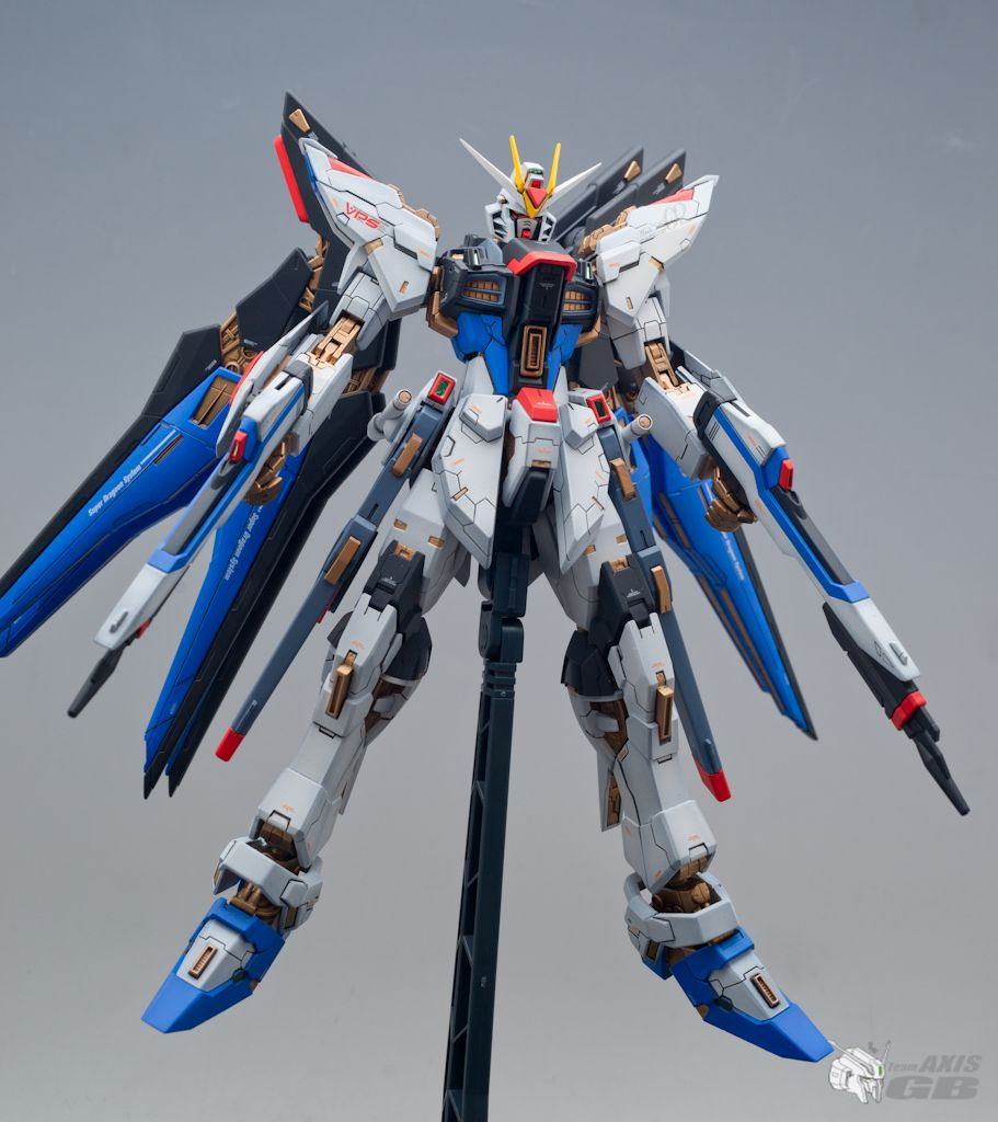 1 100 Zgmf X20a Strike Freedom Gundam Resin Conversion Kit Painted Build Gundam Gundam Model Gundam Seed