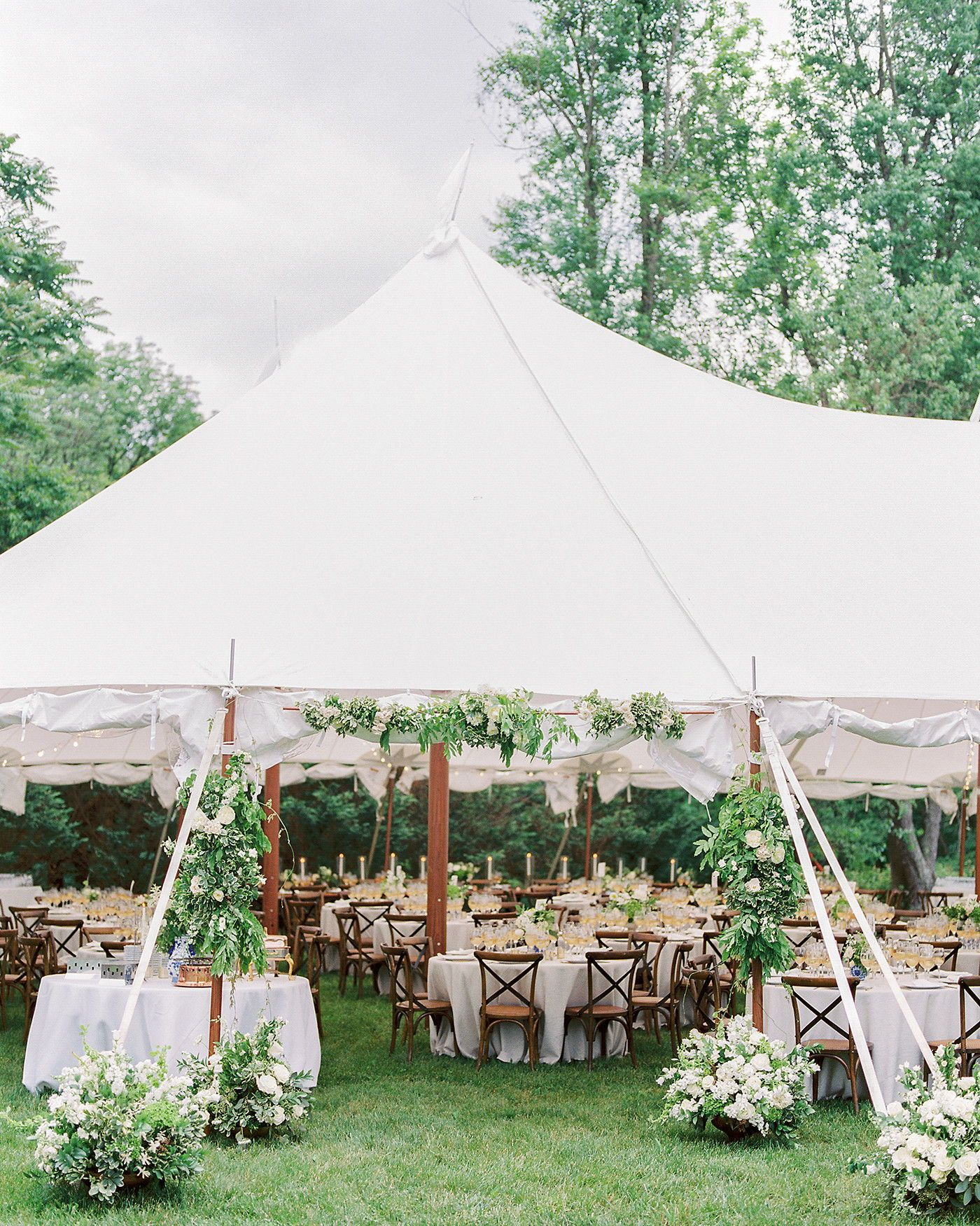 A Joyful Backyard Wedding At The Bride S Family Home Wedding Backyard Reception Tent Wedding Reception Tent Wedding