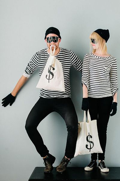 10 Best Last Minute Halloween Costumes | Camille Styles
