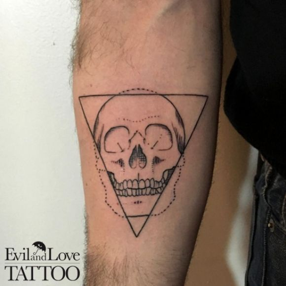 Skull tattoo geometric tattoo skeleton line work dot for Tattoo line work