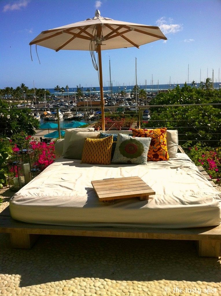 Poolside bed & Poolside bed | spa ideas | Pinterest | Backyard Outdoor living and ...