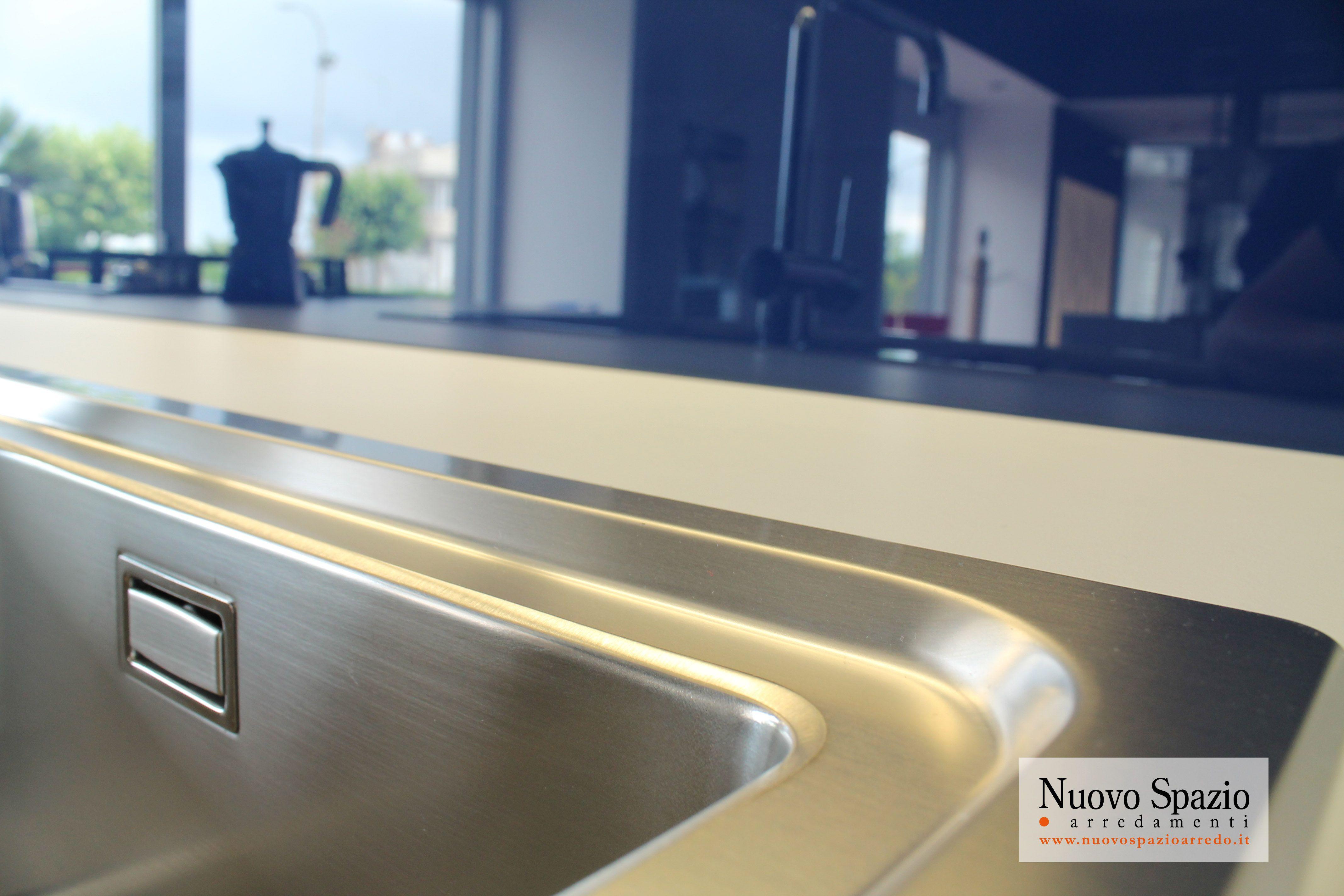 Vi mostriamo le nostre cucine attraverso i nostri dettagli per