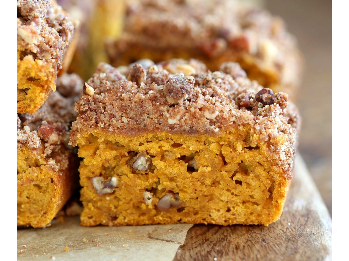 Vegan pumpkin coffee cake with pecan crumb Pumpkin
