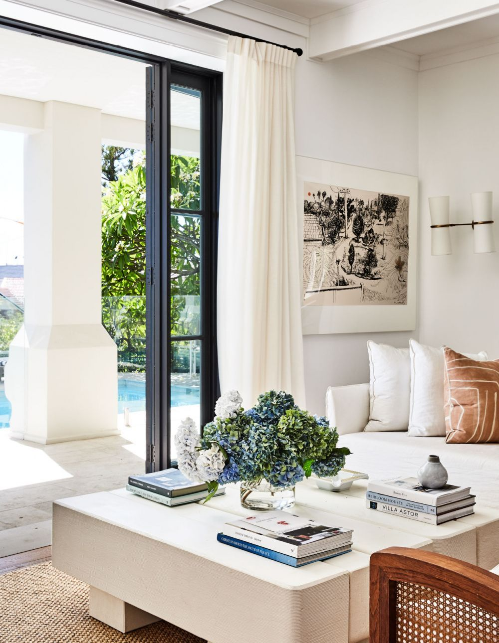 House Tour This Sydney Home Strikes The Perfect Balance Of Elevated Approachable Design Coco Kelley House Interior Family Room Design Interior Design