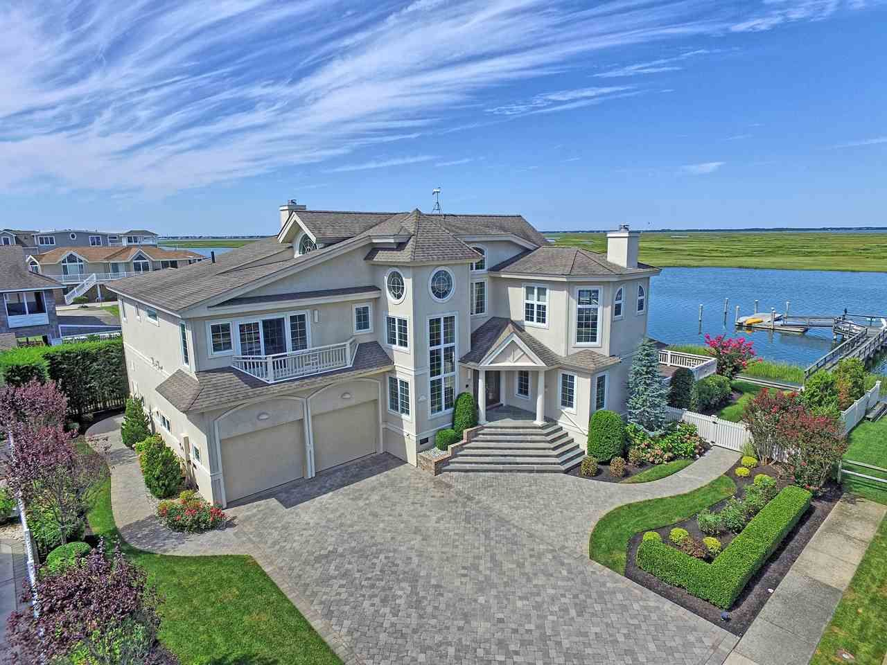 Luxury Home Water Front Home Nj Bay Front Mansions House Exterior House Styles