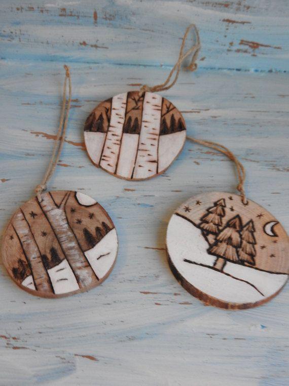 Ornement en rondelle de bois naturel , avec ficelle naturelle pour - peindre un mur en bois