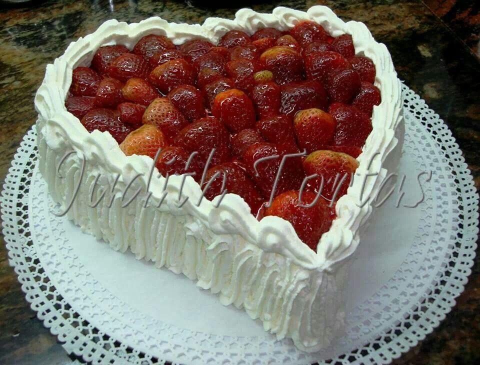 Torta Fria De Fresas Crema Pastelera Y Crema Chantilly Cake Food Cheesecake