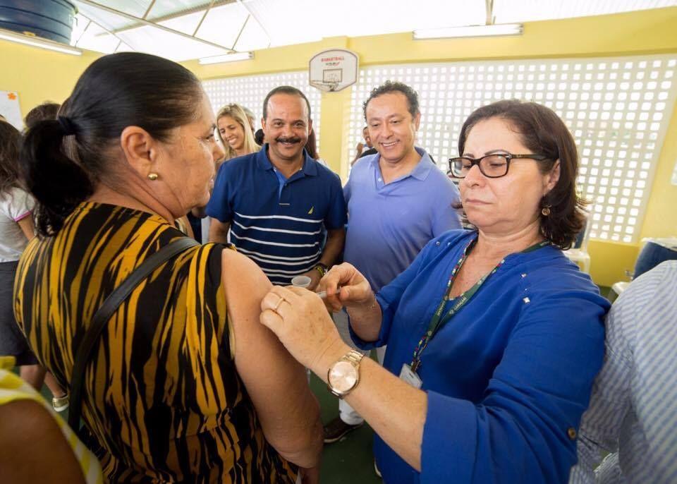 #Elinaldo participa de lançamento do Dia D de vacinação contra influenza - Bahia No Ar! (Blogue): Bahia No Ar! (Blogue) Elinaldo participa…