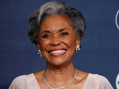 Nancy Wilson The More I See You Youtube Hairstyles