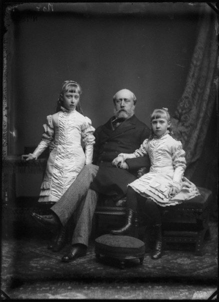 Christian with Marie Louise and Helena Victoria