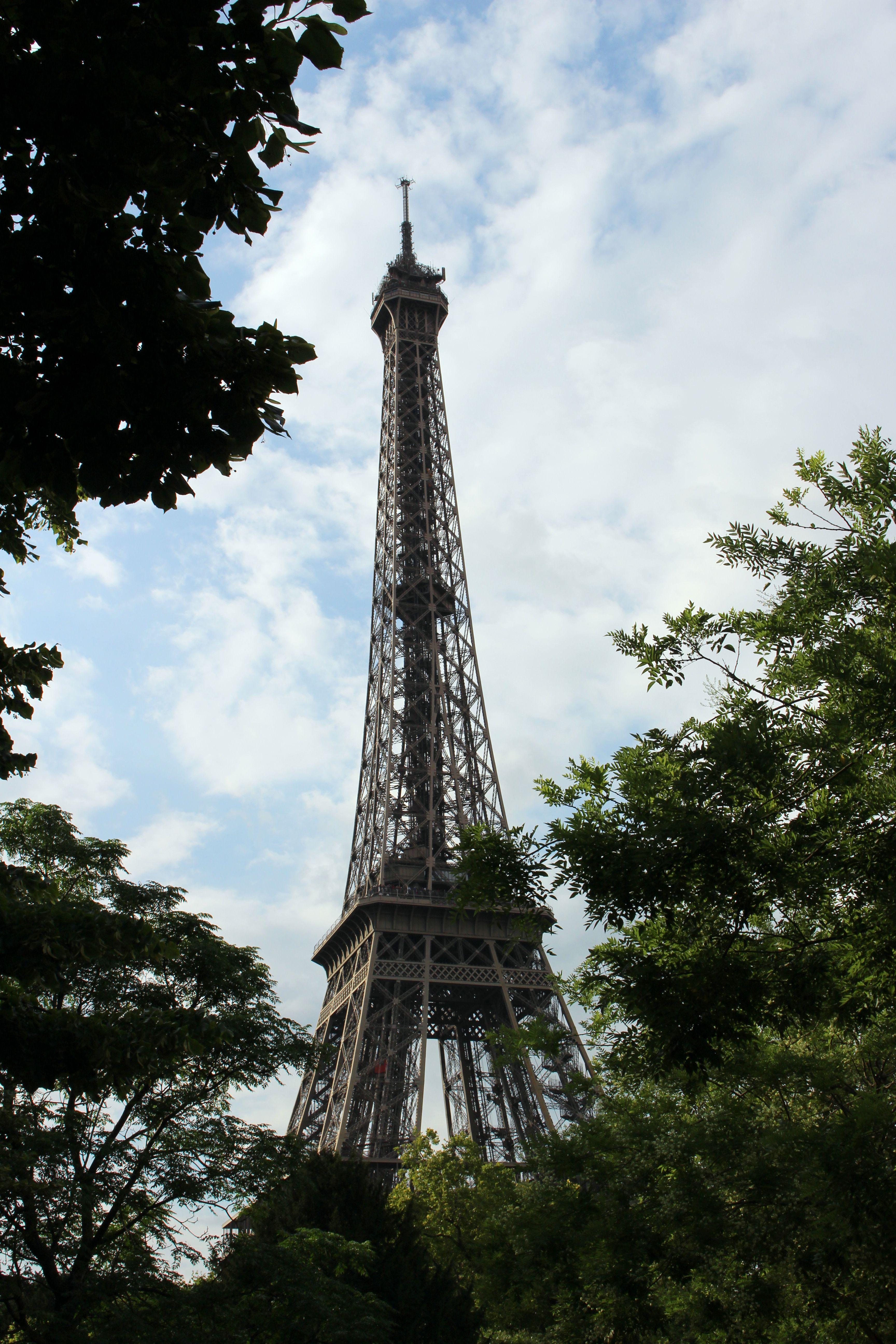 Eiffel Tower | Paris architecture, Eiffel tower, Beautiful ...