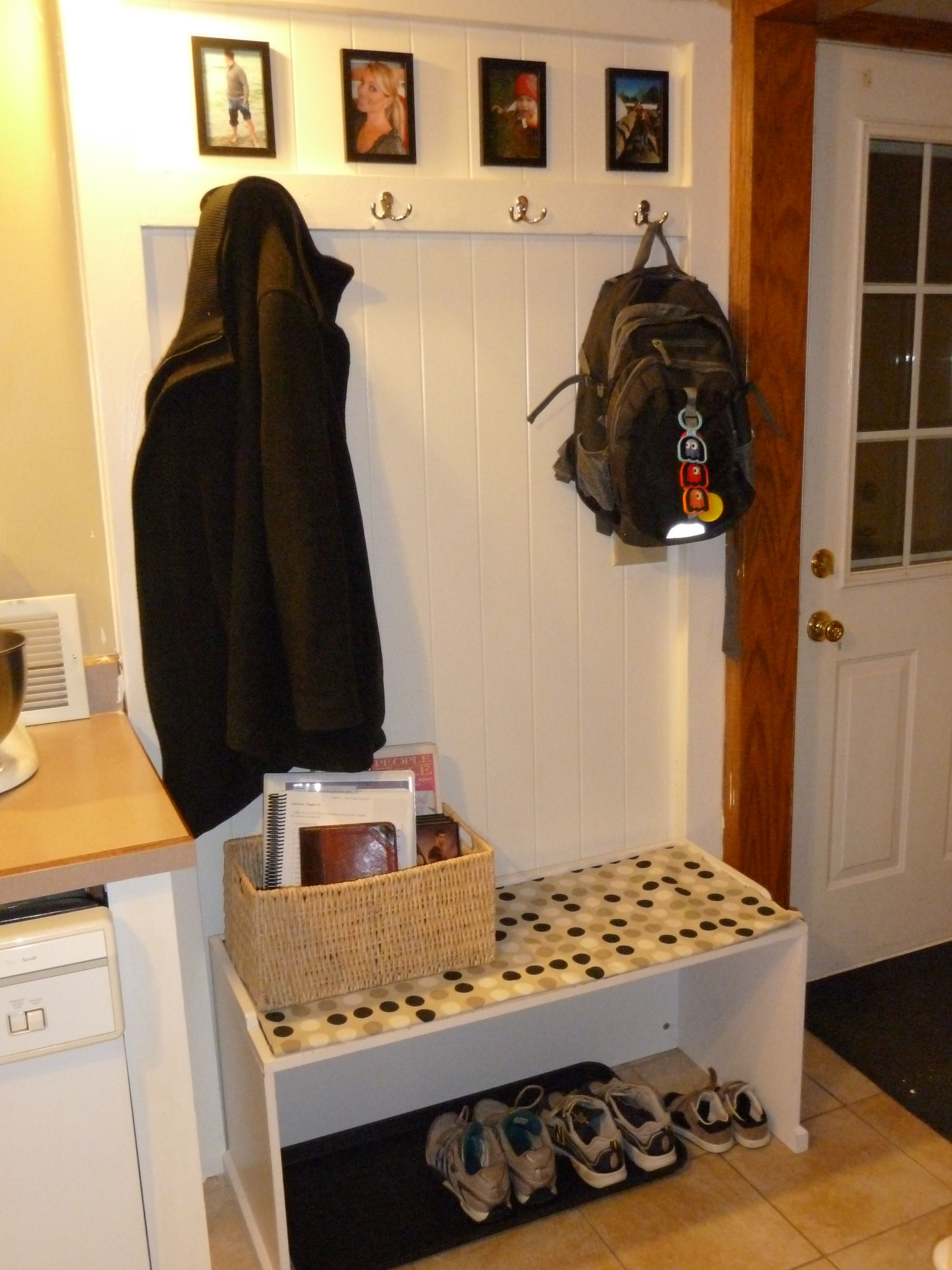 DIY coat rack and bench. Best husband ever! | Actually Realistic ...