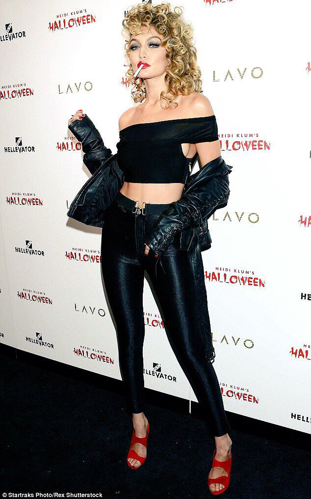 465e2f77afc93 Halloween: Gigi Hadid as Sandy from 'Grease' | Dress up | Gigi hadid ...