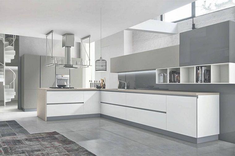 cucine-ad-angolo-moderne-mobili-bianchi-grigi | Cucine in 2019 ...