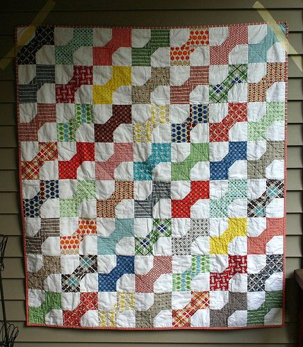 Bowtie Quilt A I Finished Up The Bowtie Quilts For The Two Flickr Quilts Tie Quilt Vintage Quilts