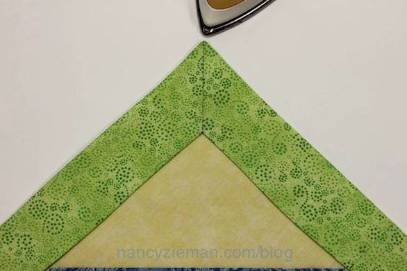 Perfectly Miter Quilt Borders Without The Math Sewing Mitered Corners Quilt Border Quilt Corners