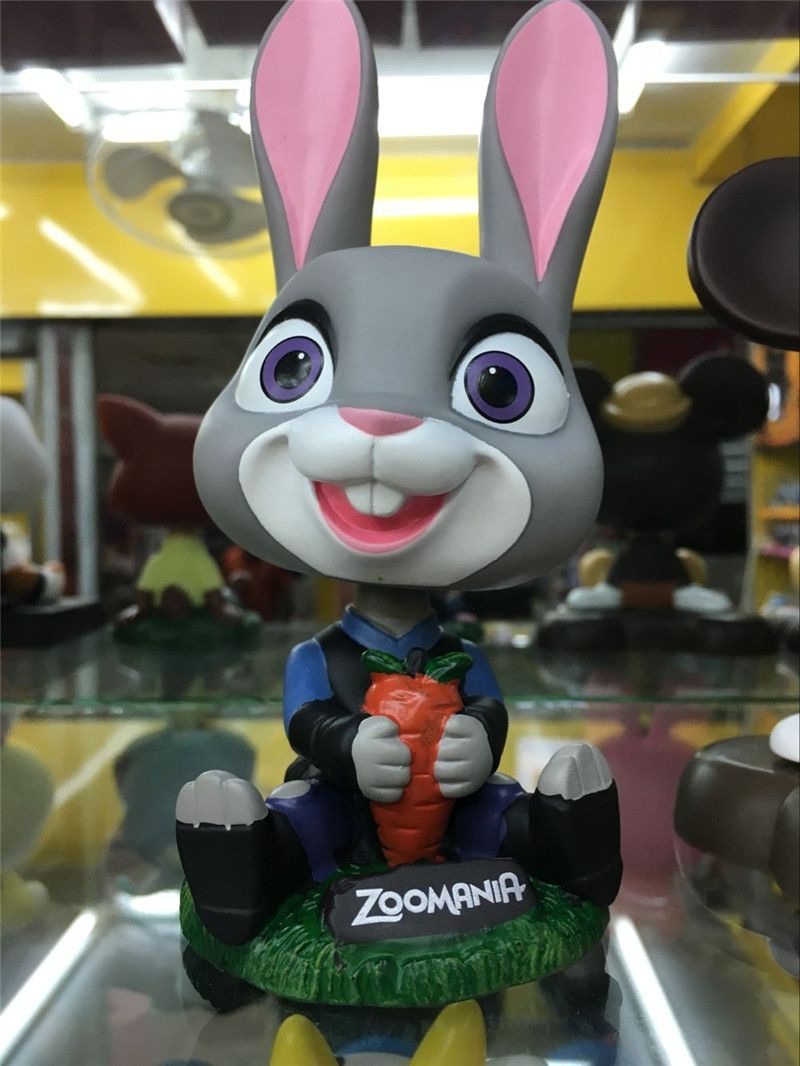 Car decoration toys  ZOOTOPIA CarStyling Robot Head Shaking Toy Car Ornament Decoration