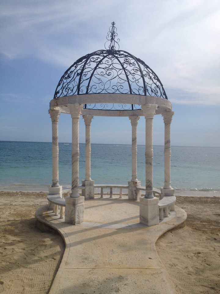 33e562b2a Wedding ceremony gazebo - Sandals Whitehouse in Jamaica