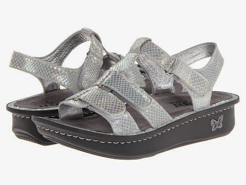 82b84d02e880a0 Podiatry Shoe Review  Comfortable Sandals at Dillard s - Podiatrist  Recommended.
