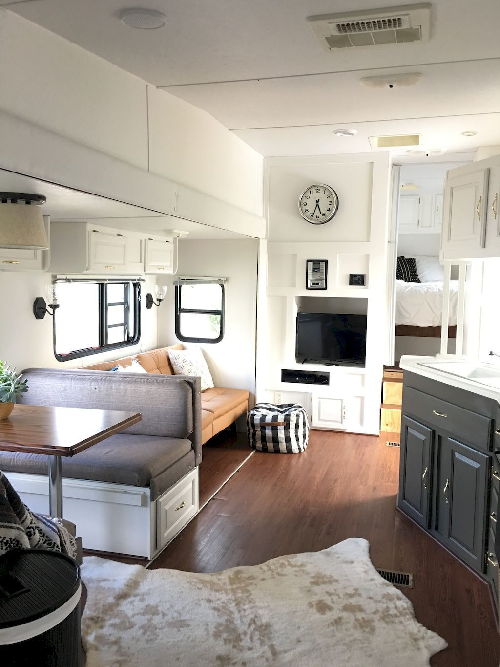 Camper Remodel Ideas For Renovating Rv Travel Trailers 26