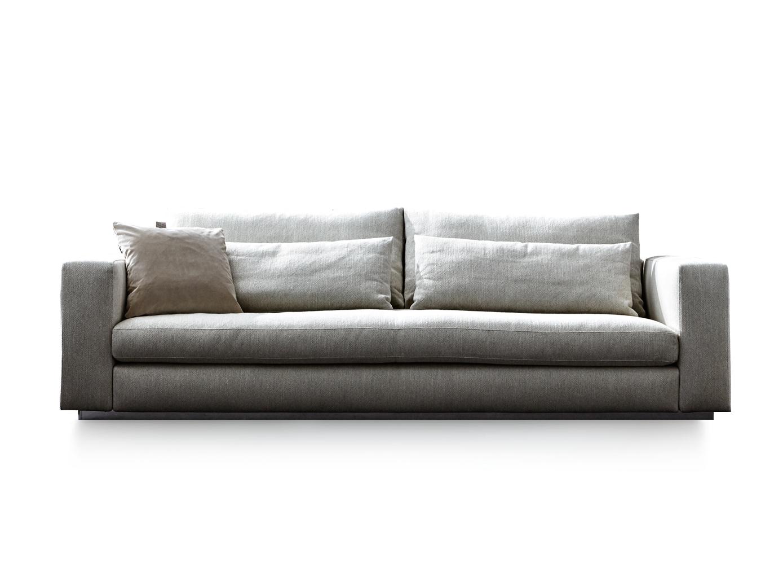 Pin By Two Xavia Soukhaseum On Molteni C Italian Sofa Designs Sofa Modern Sofa