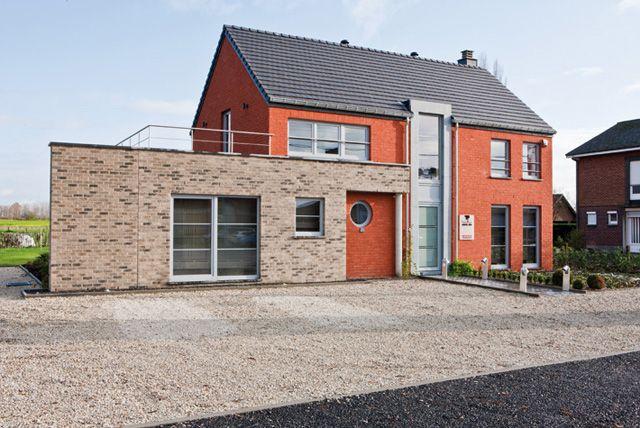 Avantages et inconv nients maison en paille livios maisons en paille terre et autres bio - Maison prefabriquee inconvenients ...